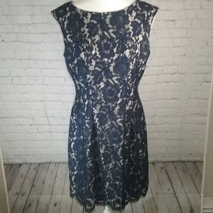 Vince Camuto Lace Sleevless Shift Dress Navy Sz.10
